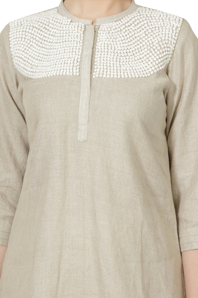 190086 Natural Top With French Knots Embroidery (L,Natural)