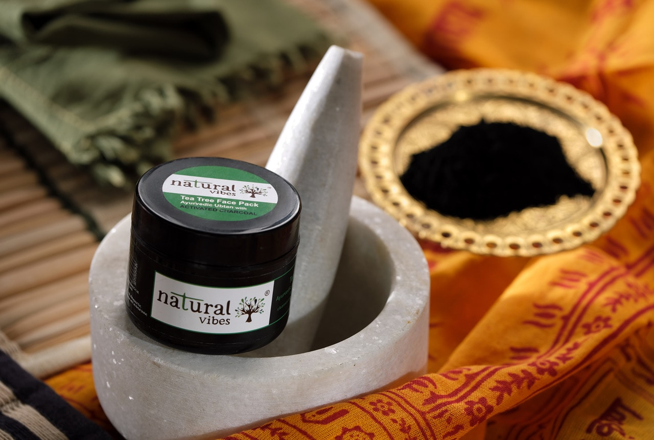 Natural Vibes Ayurvedic Tea Tree And Activated Charcoal Face Pack (50 gms)