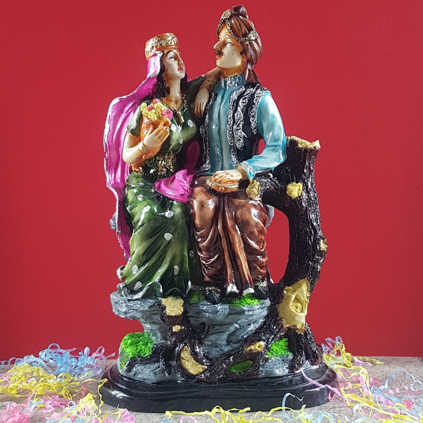 Home Decor Man And Women Statue