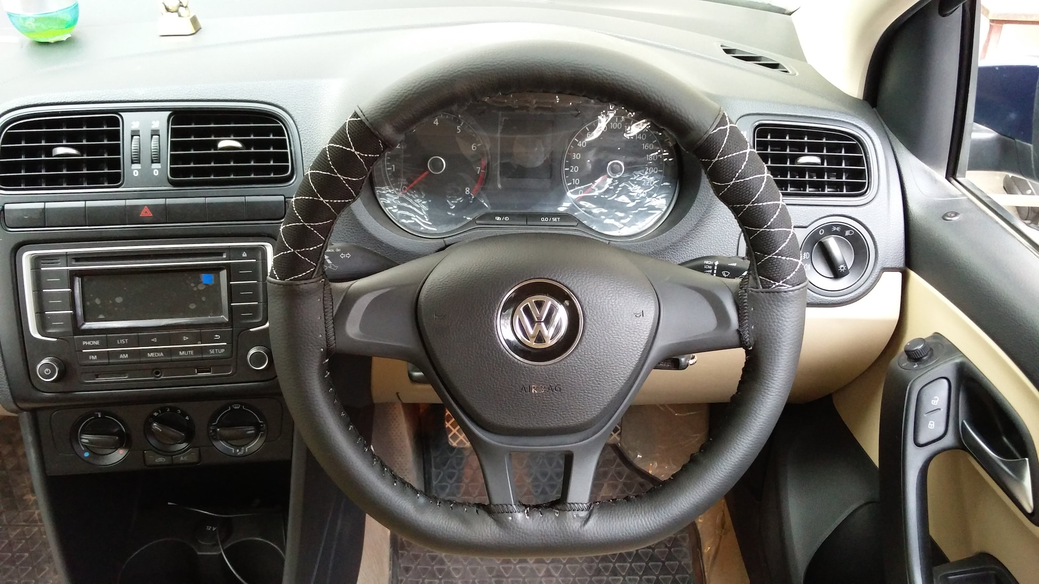 COOL STEERING WHEEL COVER - A -  BLK