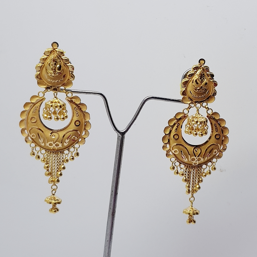 SIYA SLEEK BRIJBALI EARRING IN HALLMARK 750