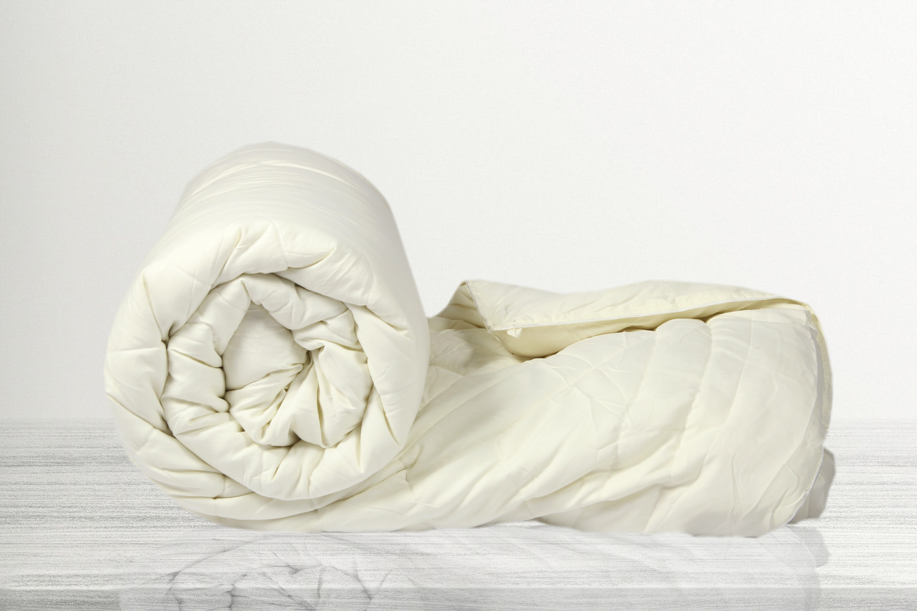 SLEEP STAR COMFORTER (154cm x 224cm SINGLE BED,OFF WHITE)