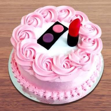 Small Makeup Kit Cake