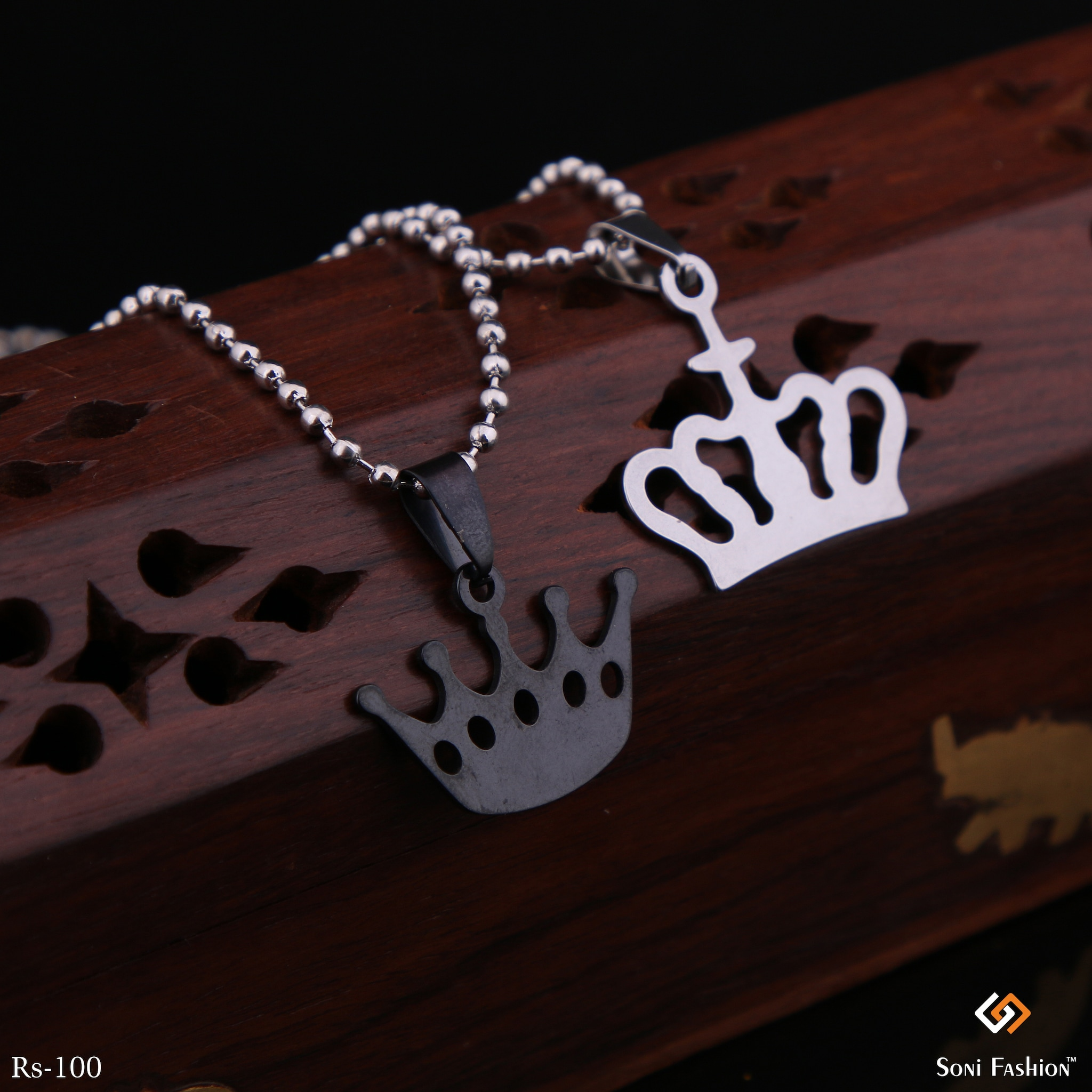 Pair Of Silver Chain With Silver King Pendant And Black Queen Pendant