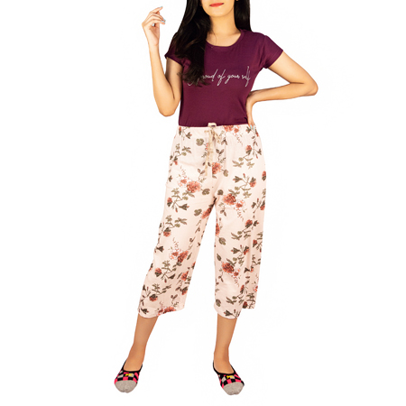 Aesthetic Floral Printed Capri For Women (Free Size,Light Peach)