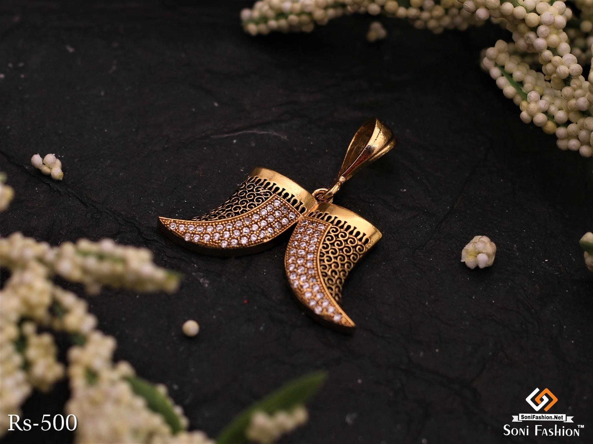 Gold Plated Diamond Lion Nail Design Pendant For Men