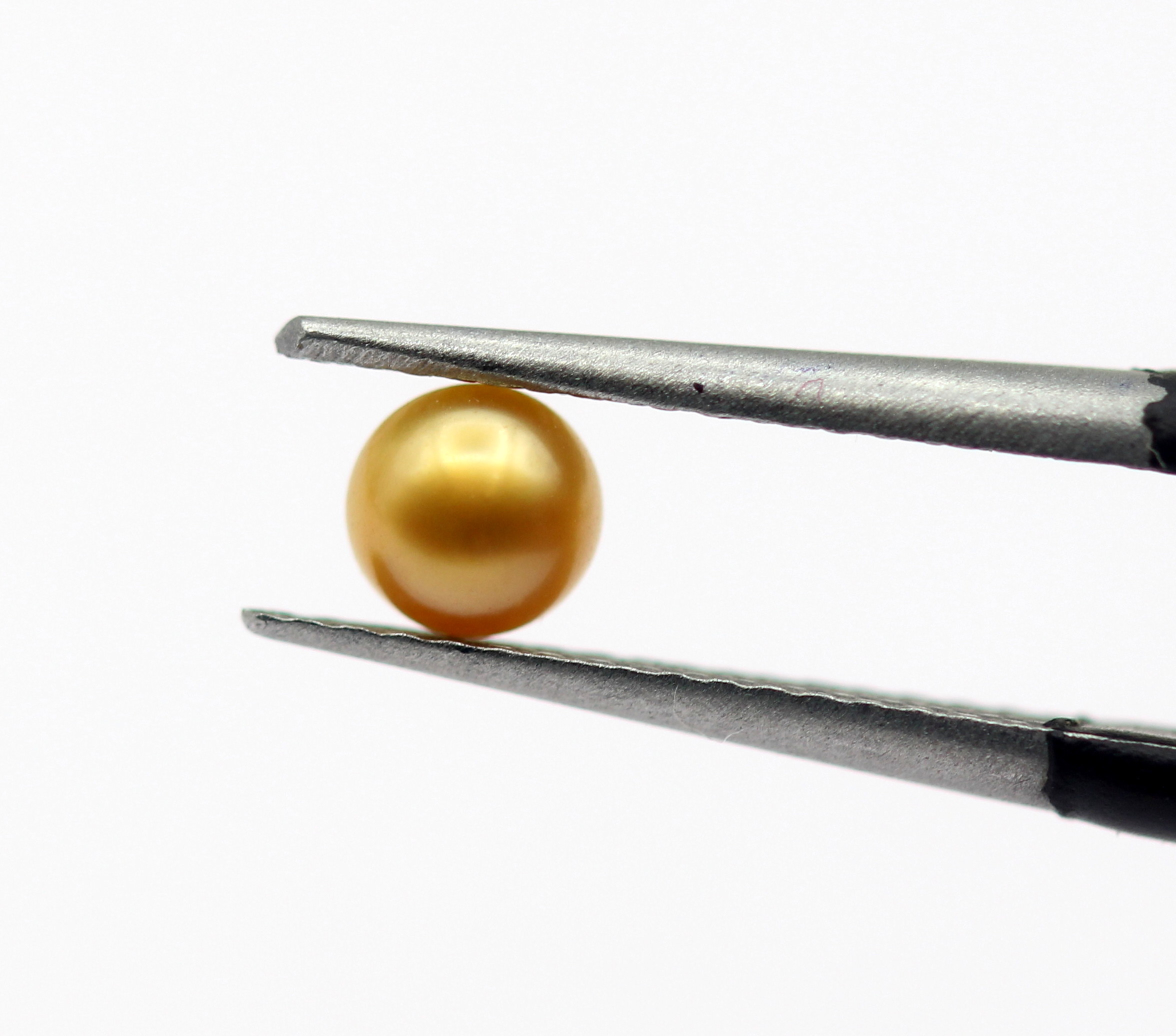 0.44 Ct Basra Pearl Smooth Golden Color Round Shape Natural Pearl Certified