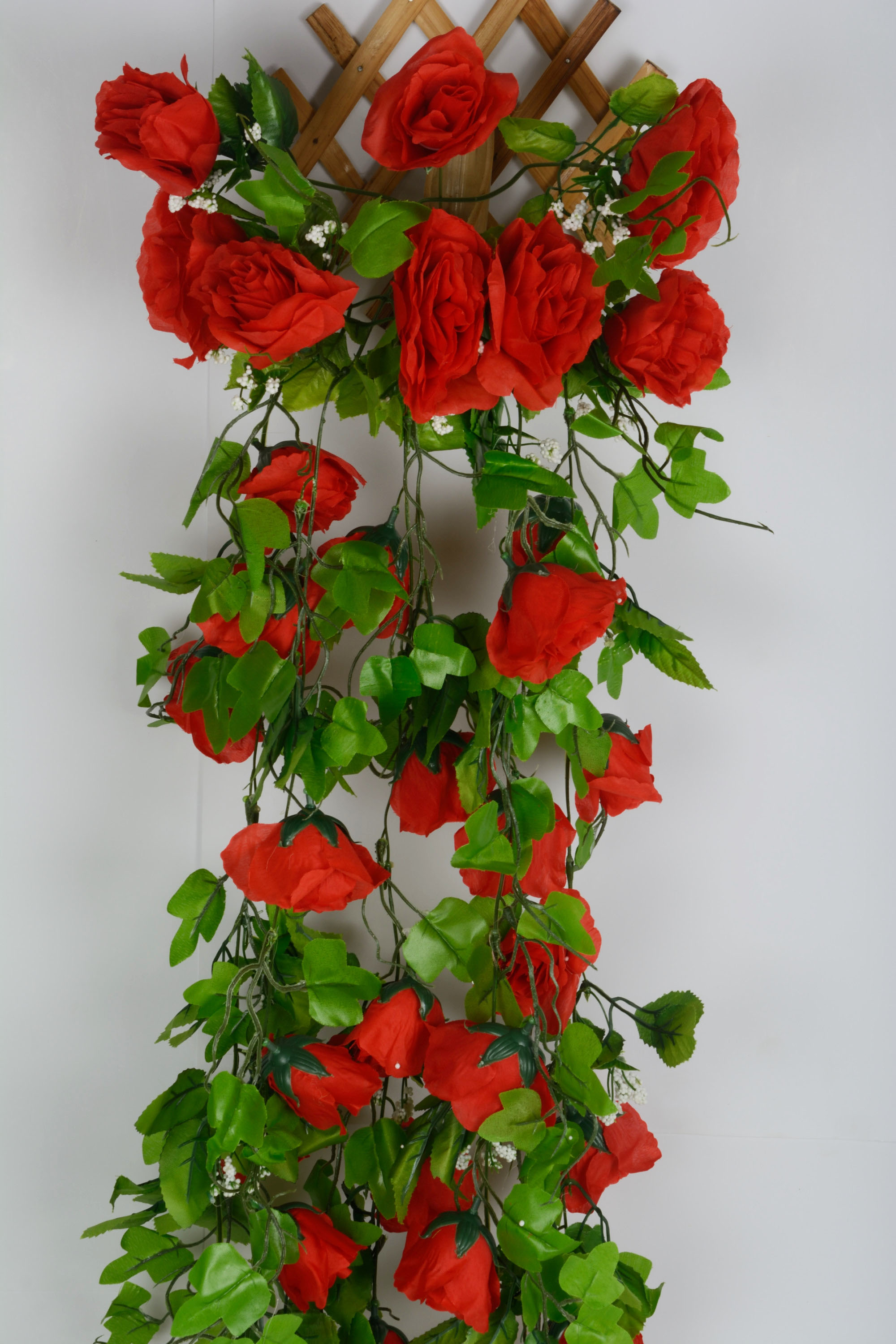 Artificial Rose Flowers Wall Hanging Foliage N53C2