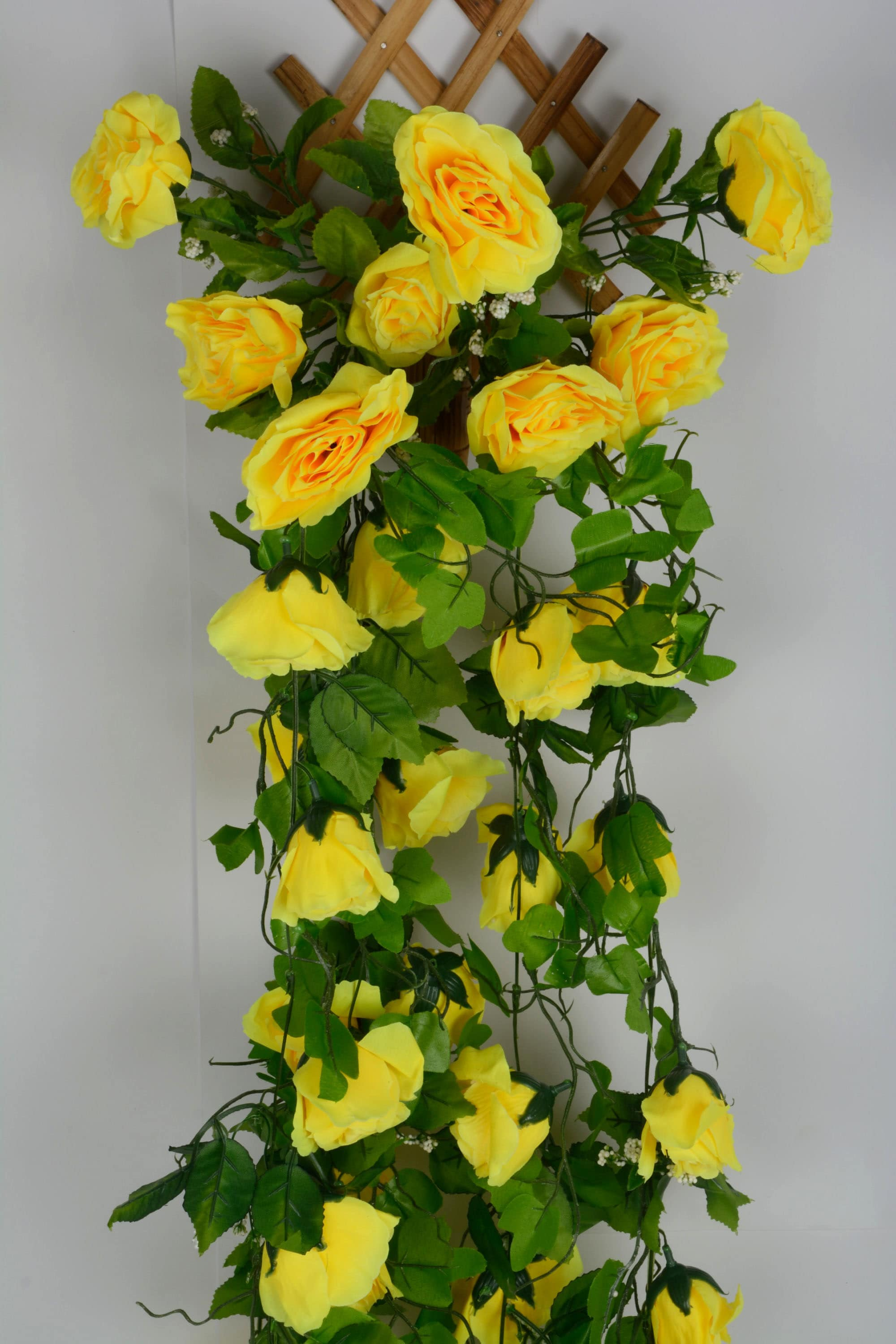 Artificial Rose Flowers Wall Hanging Foliage N53C3