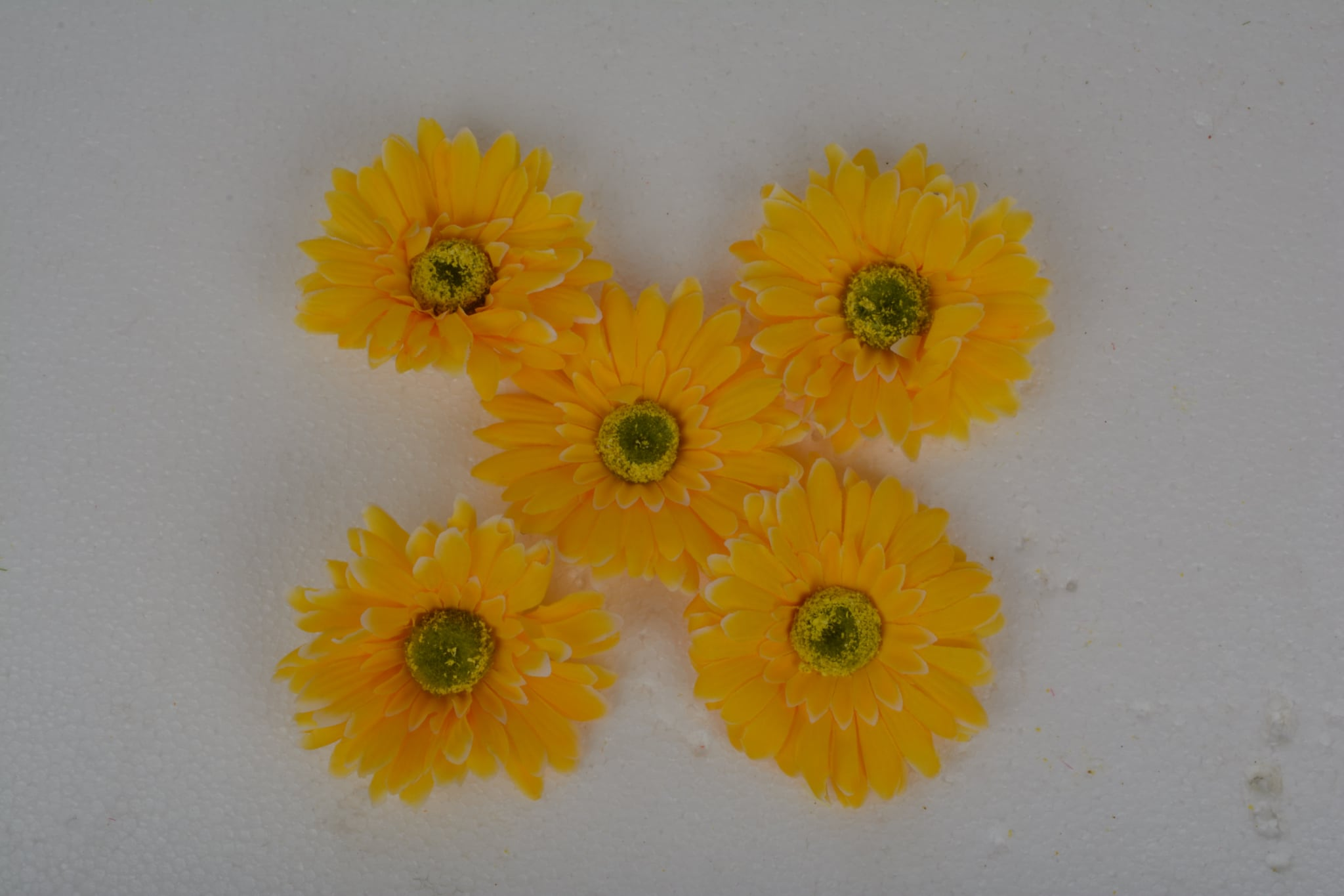 Artificial Quality Gerbera Flower ( Pack Of 5 Pcs ) N51C5