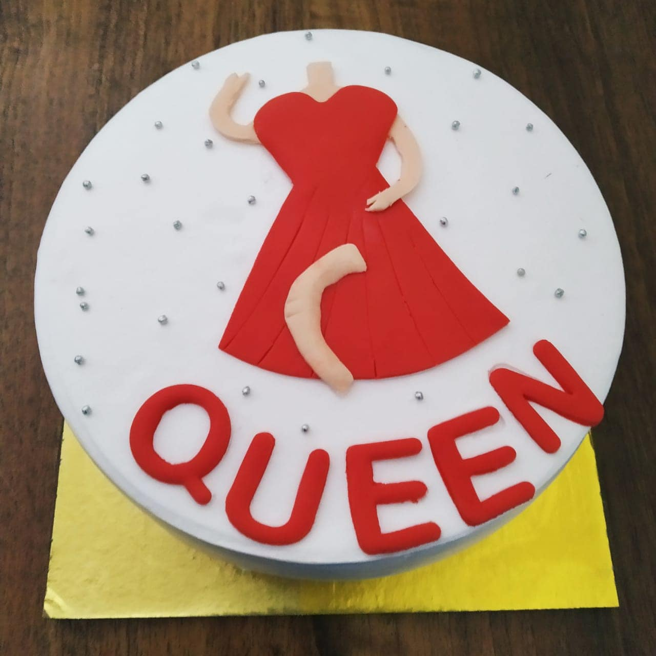 Queen Cake (500 Gm,Chocolate)