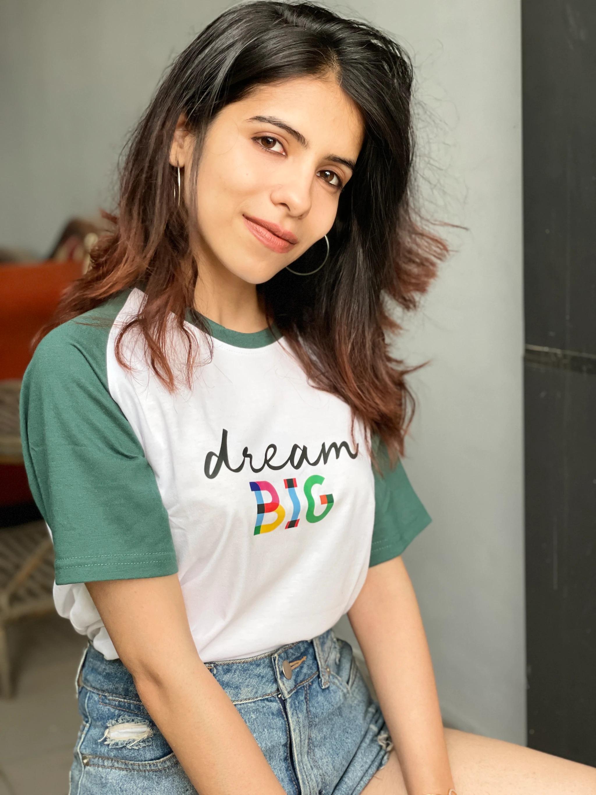 One Word Dream BIG Unisex T-shirt (L)