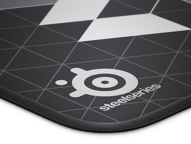 STEELSERIES QCK LIMITED EDITION MEDIUM MOUSE PAD
