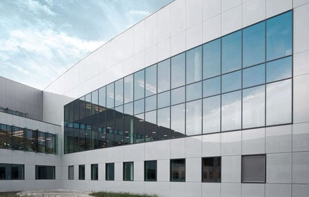 Saint Gobain Lacquered Building Glass