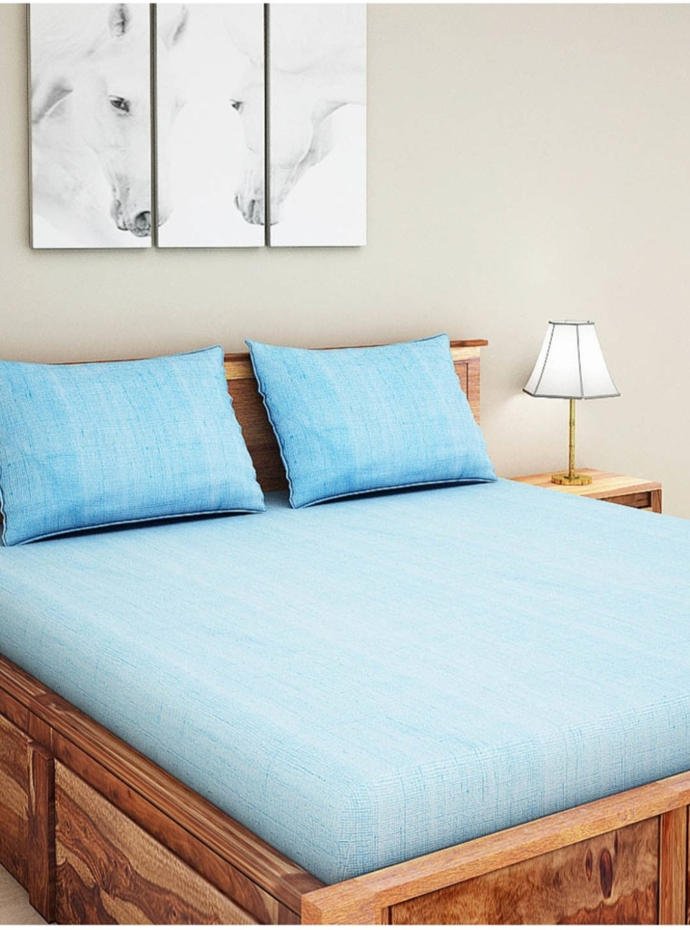 SPACES Ruyal Blue 300 TC Cotton King Size Double Bedsheet With 4 Pillow Covers