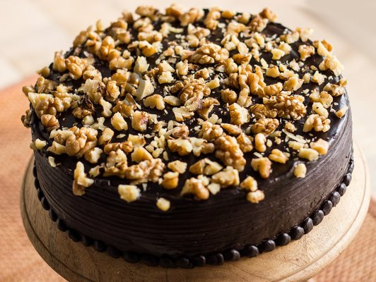 Chocolate Walnut Cake (2 KG)