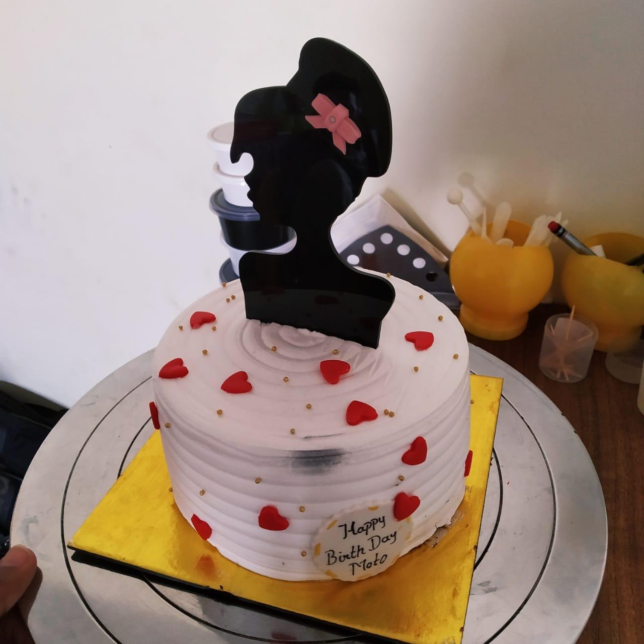 Princess Cake (500 Gm,Pineapple)