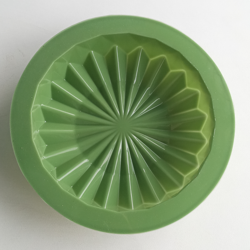 3D Round Origami Geometric Shape Cake Mould Silicon