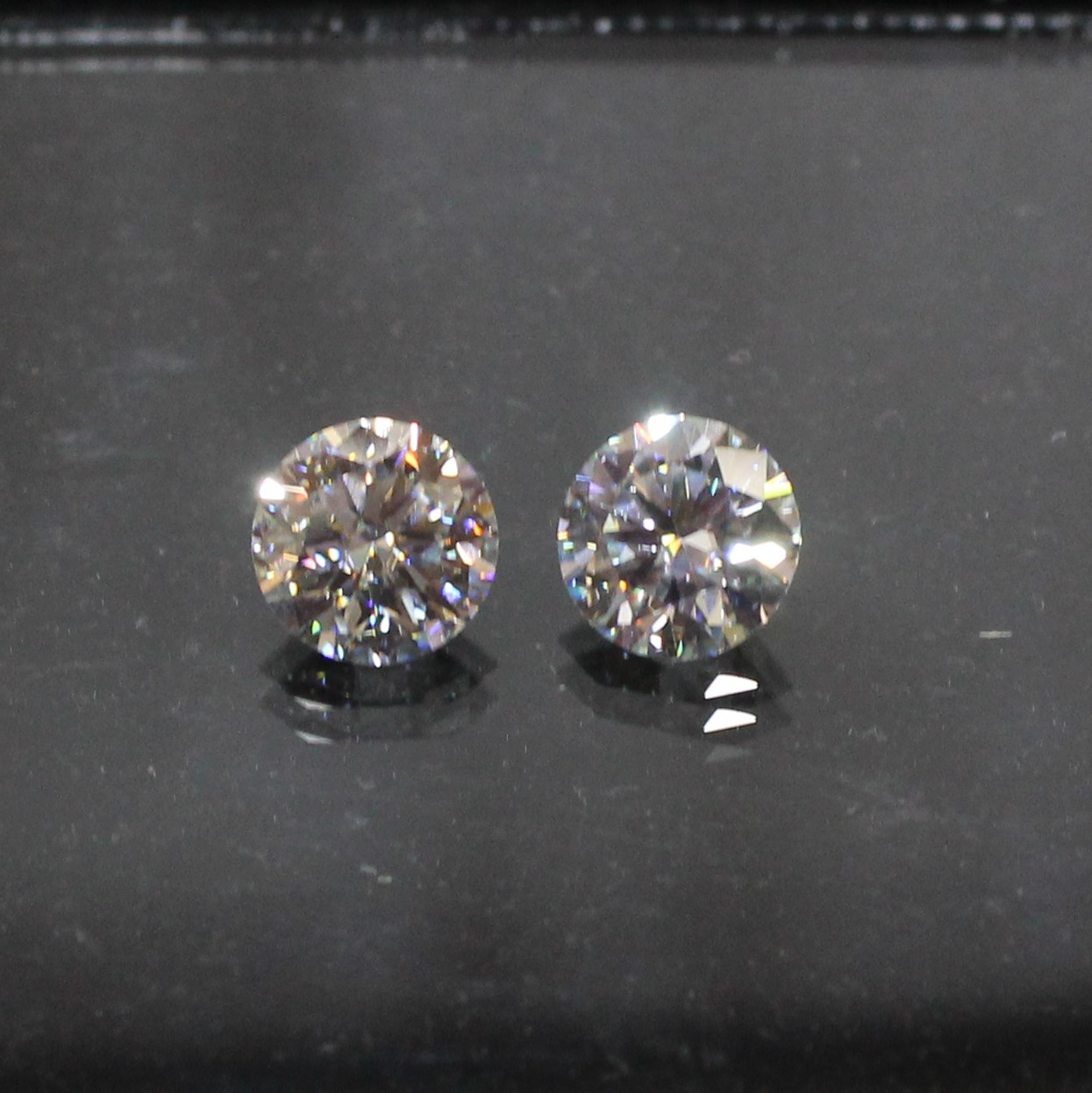 Amazing Moissanite Faceted Gemstone Pair