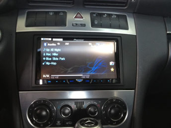 Stereo Installation Kit For Mercedes C-Class 2005