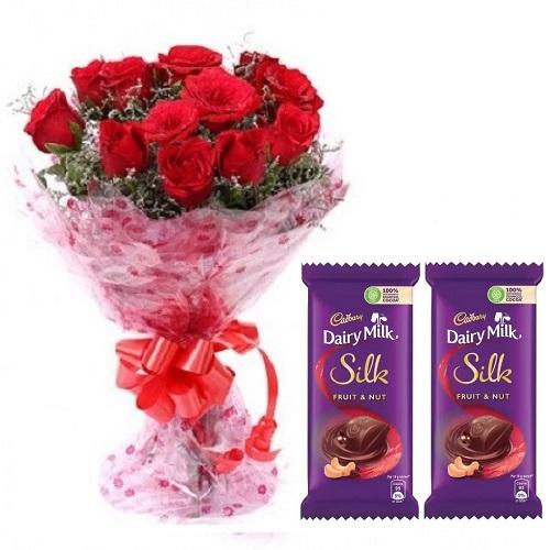 Fresh Flower Bouquet (Bunch Of 10 Red Roses) - FF2021CO103 (Mid-Night (11PM, 00AM), Add 2nos. 60gm Dairy Milk Silk)