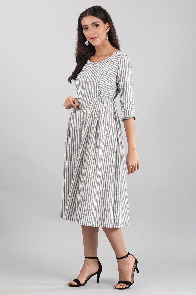 White Round Neck Yarn-dyed Dress (M,White)