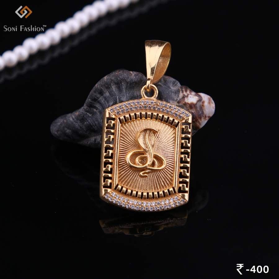 Goga Gold Pendant Rectangle Diamond Design