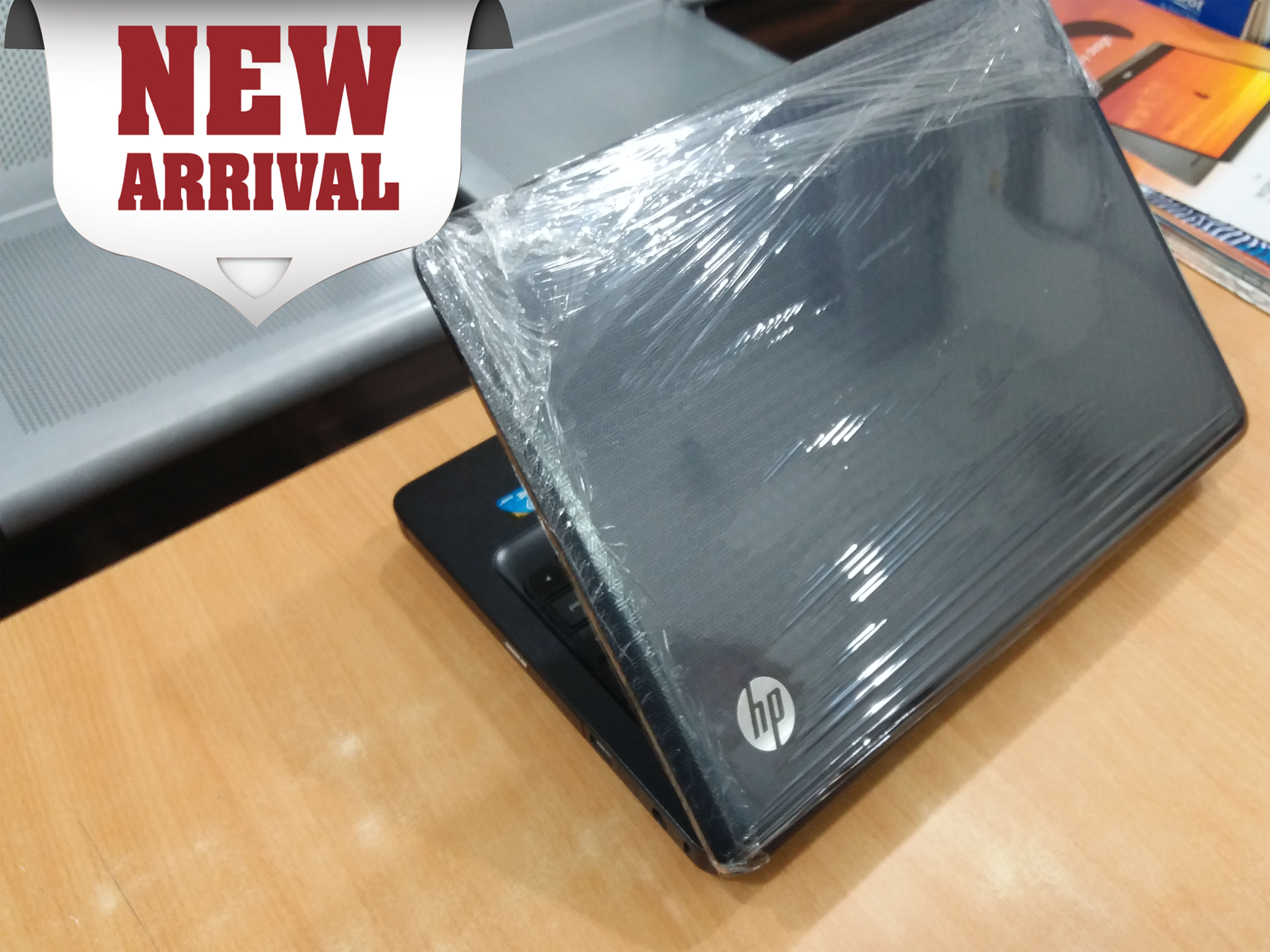 HP G42 Intel Core I3 Pro / 320GB HDD , 4GB RAM , With ALL Option