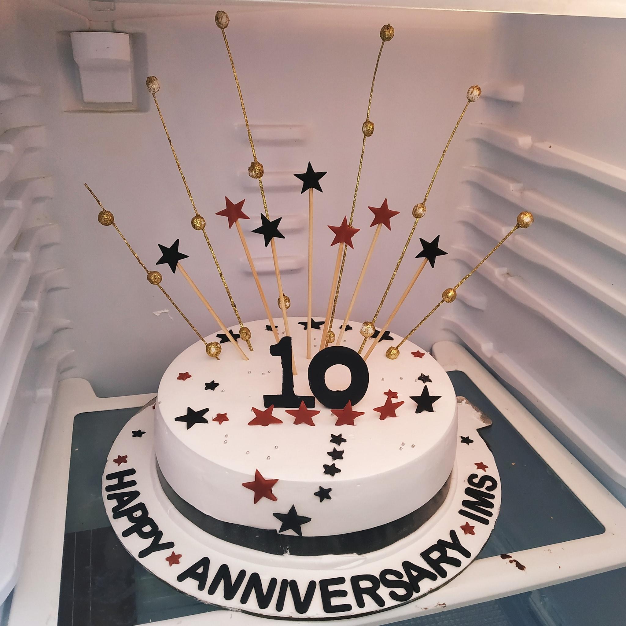 Anniversary Cake (1.5 Kg,Chocolate)