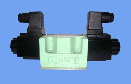 YUKEN DIRECTION CONTROL VALVE DSG-01-2B2A-A240-N1-50