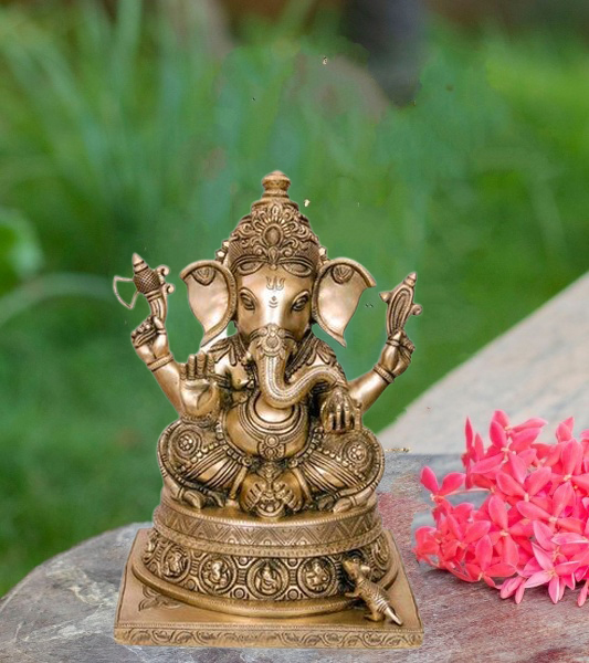 Divine Ganapathy Statue For Pooja |Height : 13 In | Weight : 500 Gm | Pack Of 1