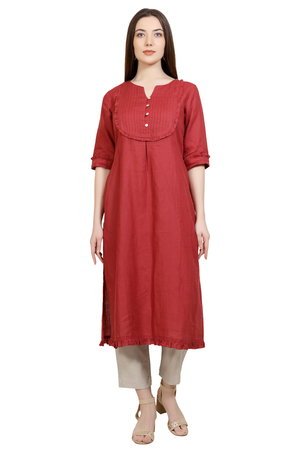 190090 Solid Scarlet Tunic With Pleating Detail